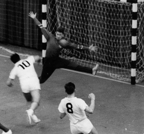 """Ehemaliger Handball Nationalspieler Hermann """"Bubbes"""" Graf wurde 85 Jahre"""